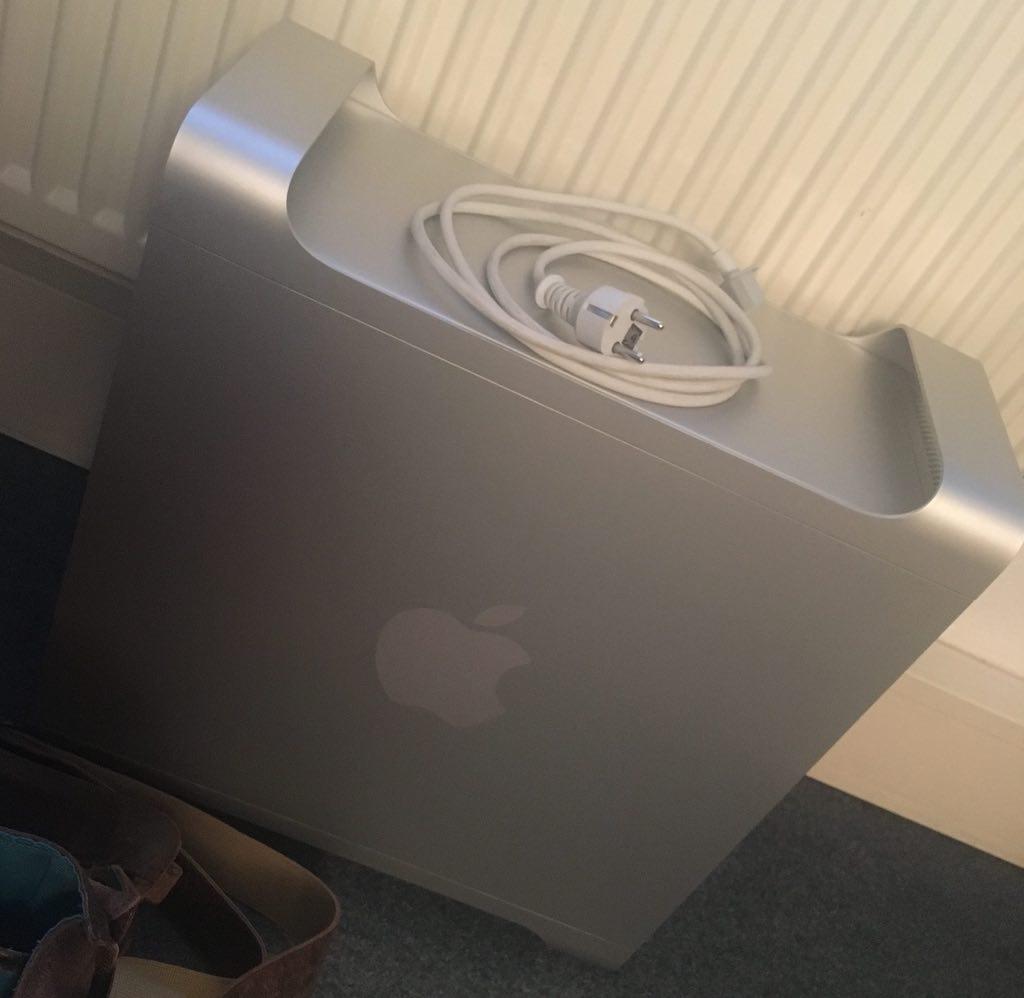 Mein MacPro wurde gerade geliefert und muss sich aufwärmen.