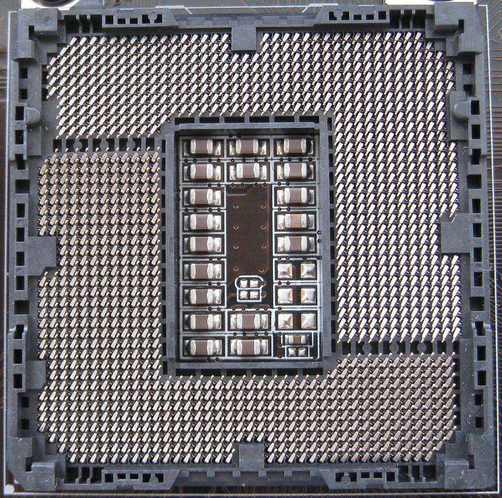 1024px-Intel_Socket_1155