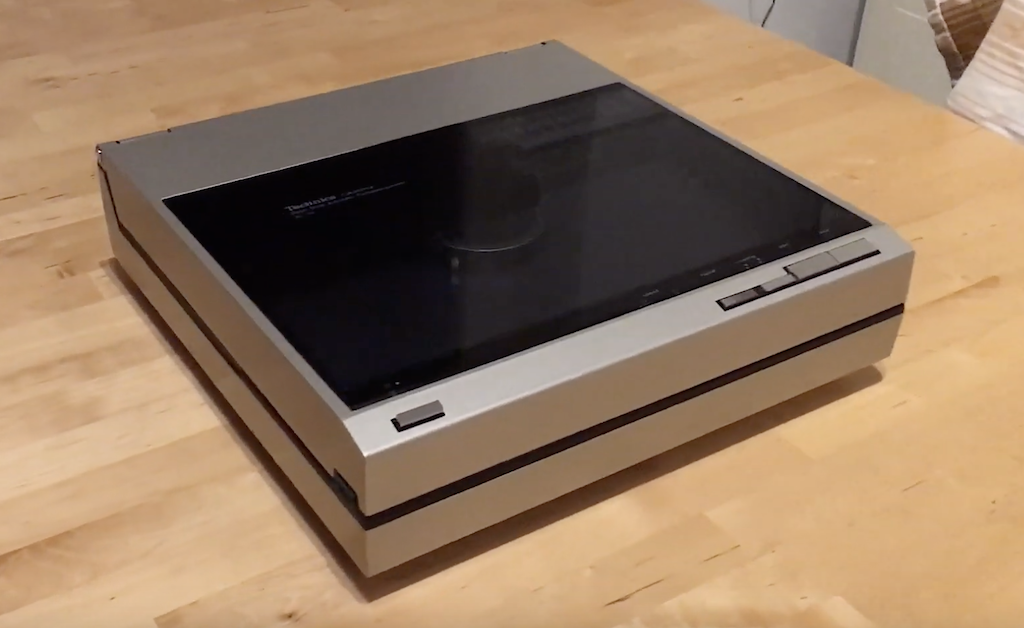 Technics SL-10 linear tracking Turntable by thahipster.de (C)
